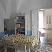 Well restored 3 bed apartment with large roof terrace 123,000 euro