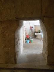 Barrel shaped doorway on the ground floor